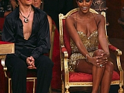 Naomi Campbell Shows Sexy Legs