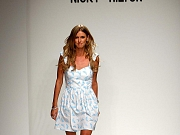 Nicky Hilton Shows Sexy Legs