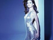 Yasmine Bleeth Hot Poses Pics