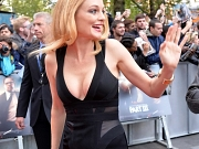 Heather Graham shows huge cleavage
