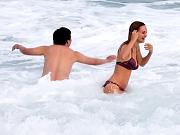 Busty Heather Graham in bikini