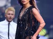 Jennifer Lopez in fishnets & boots