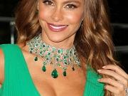 Sofia Vergara showing huge cleavage