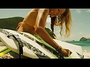 Blake Lively - The Shallows (trailer clips