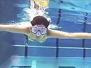 Madeleine Wehle - sexy Busen unter Wasser